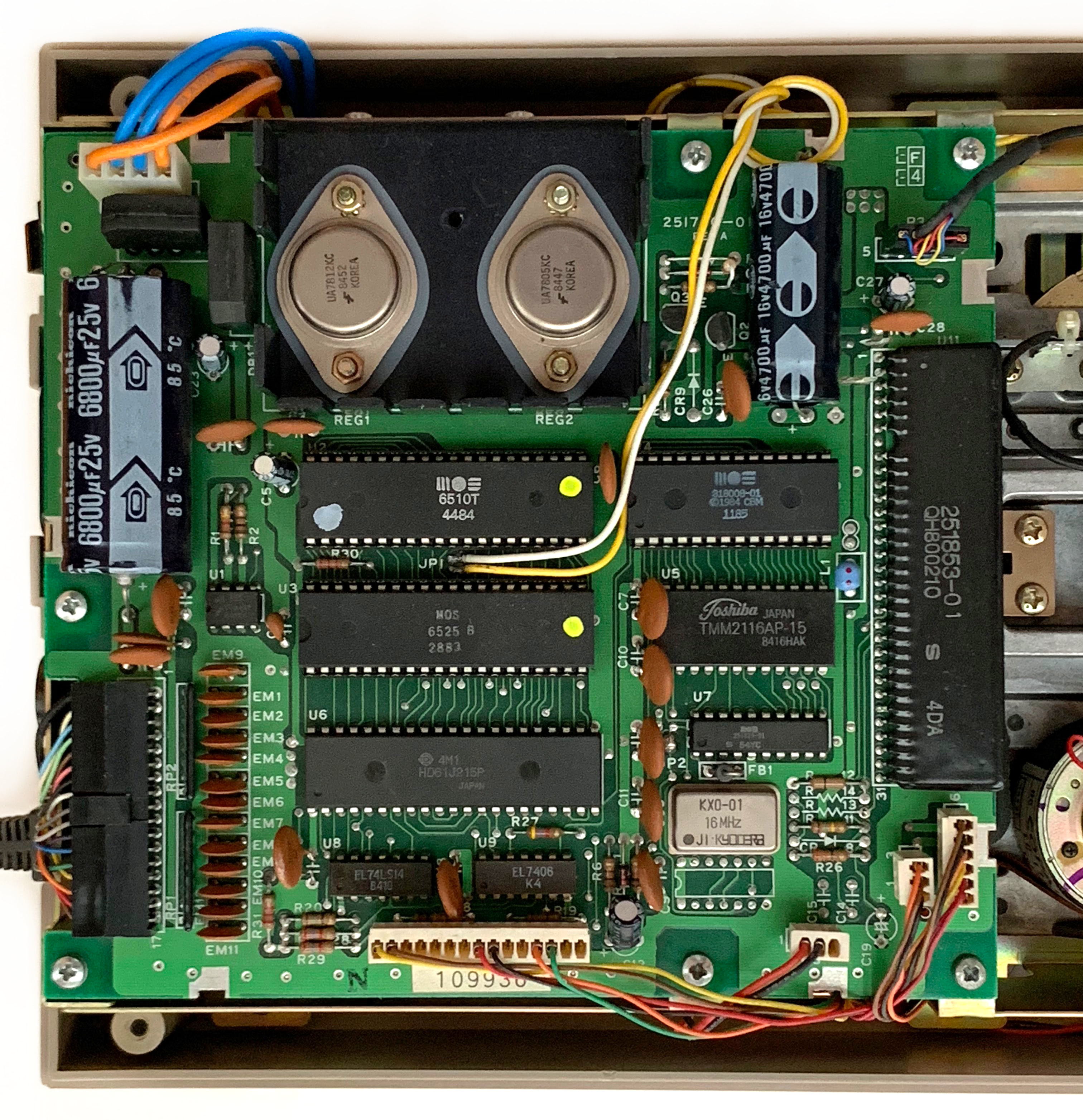 Converting a Commodore 1541 or 1570 Drive into a 1551
