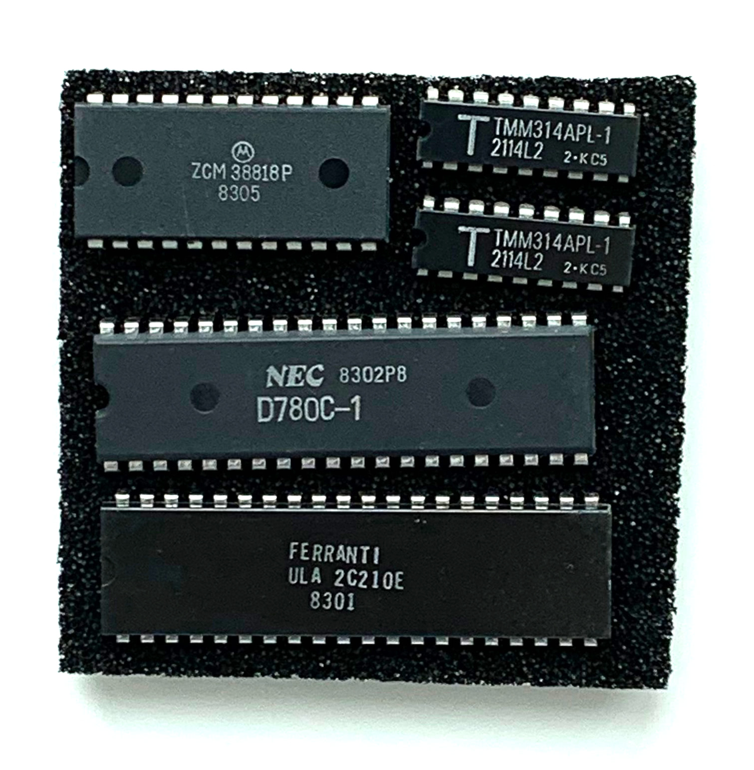 Sinclair ZX81 Kit – pagetable.com on